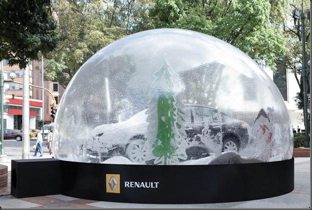 renault_snow_globe