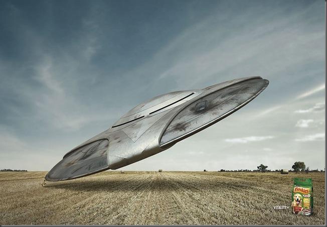 FRISKIES_ufo-big